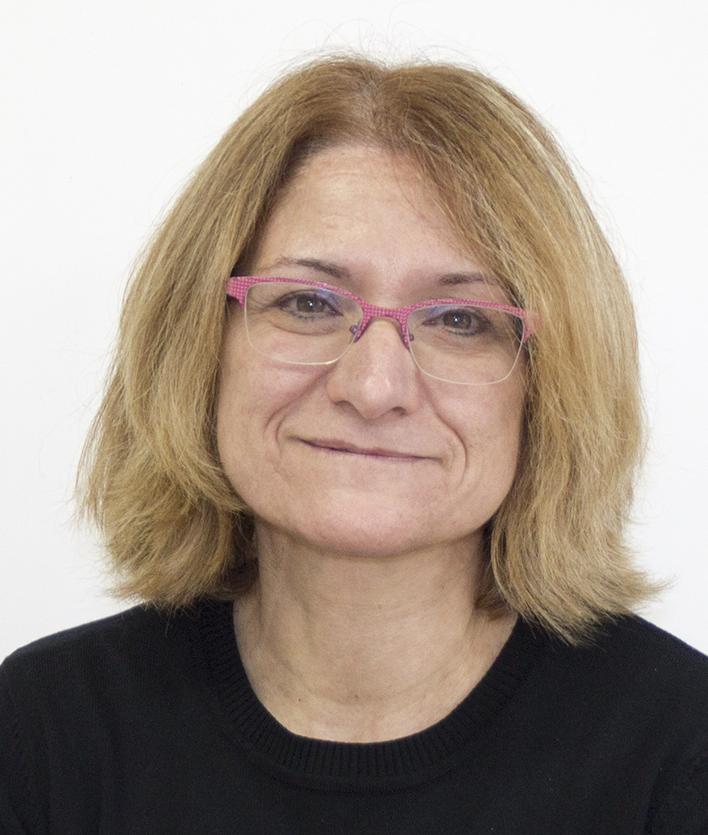 Dña. Mª Pilar Borraz